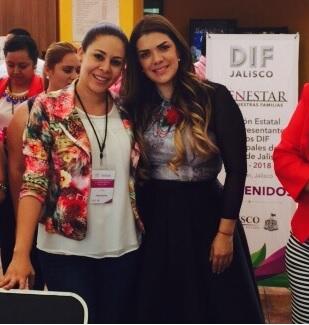 DIF JALISCO Reunión con Lorena Jassibe Arriaga de Sandoval