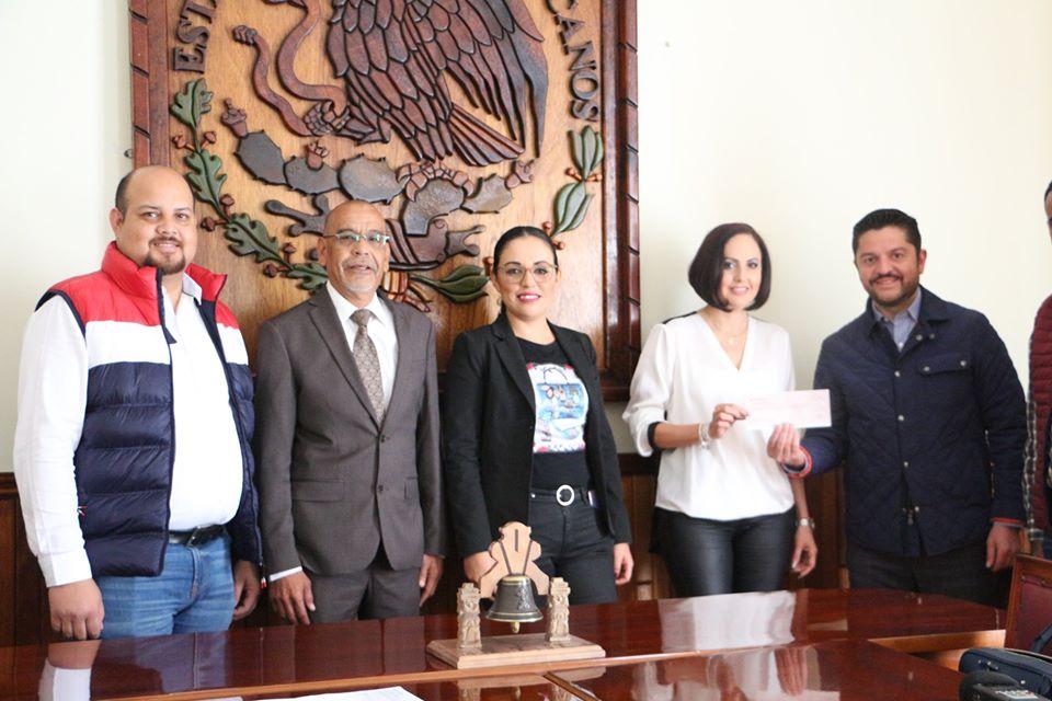 DIF Ocotlán recibe medio millón de pesos para CRIO por parte de Grupo Televisa